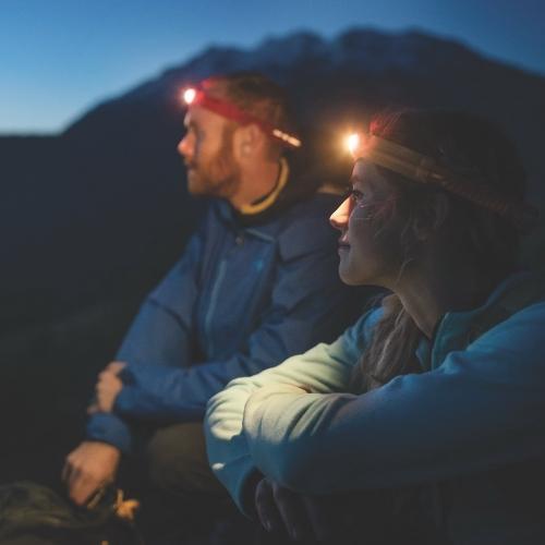 Vederlichte, ultraplatte en uiterst comfortabele Headlamp 330 van Biolite