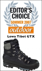 Lowa Tibet GTX wint editor's choice Outdoor Magazin